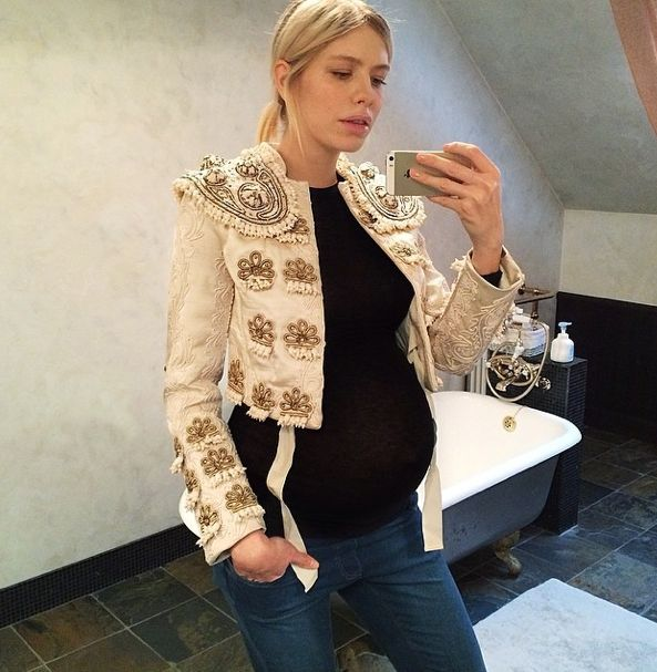 Lena in an H&M Conscious Collection jacket.