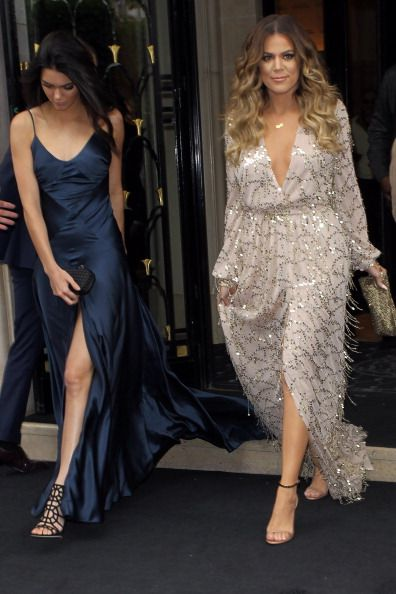 Kendall Jenner and Khloé Kardashian looks.