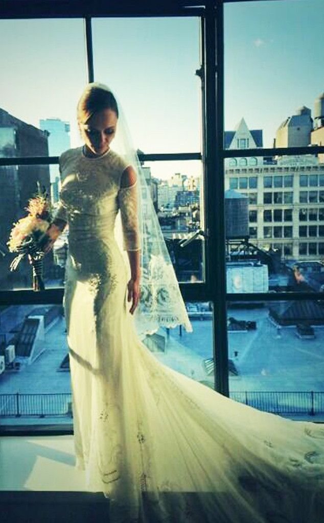Christina-Ricci-Wedding-Givenchy-dress