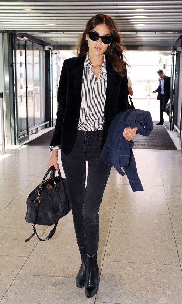 ALexaChung-Heathrow-saint-laurent-velvet-blazer-look