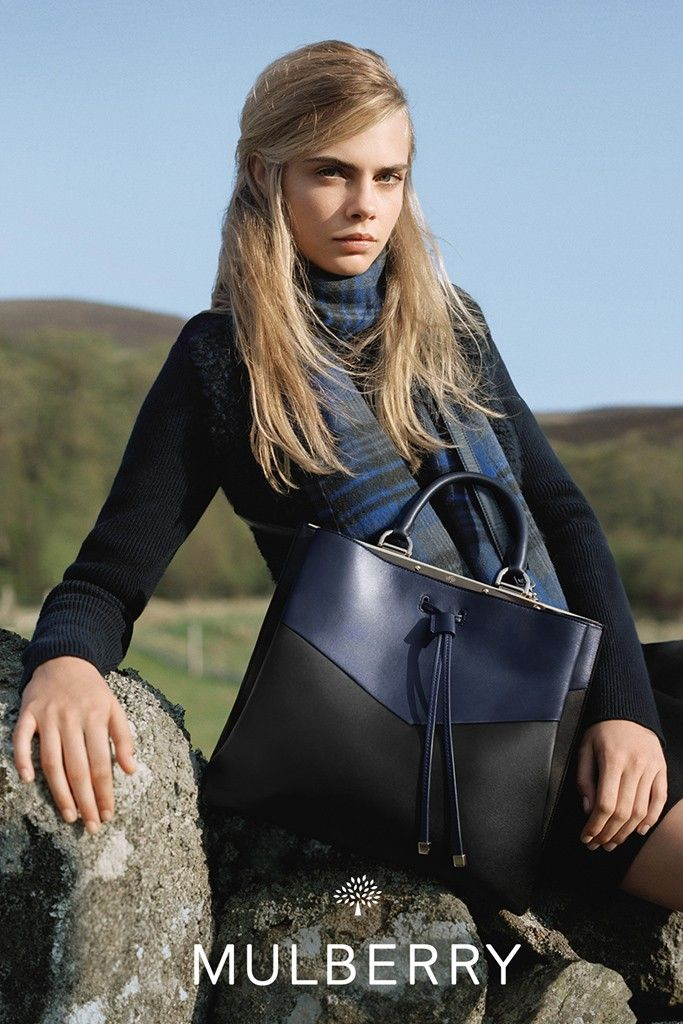 Mulberry-FW14-ad-campaign-with-cara-delevingne-4