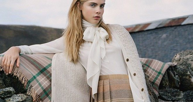 6ad845042770 Mulberry Fall Winter 2014-15 Ad Campaign with Cara Delevingne ...