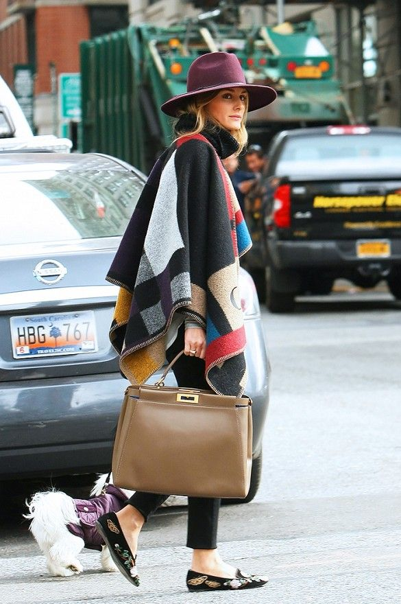 olivia-palermo-burberry-prorsum-blanket-poncho-look-out-in-nyc