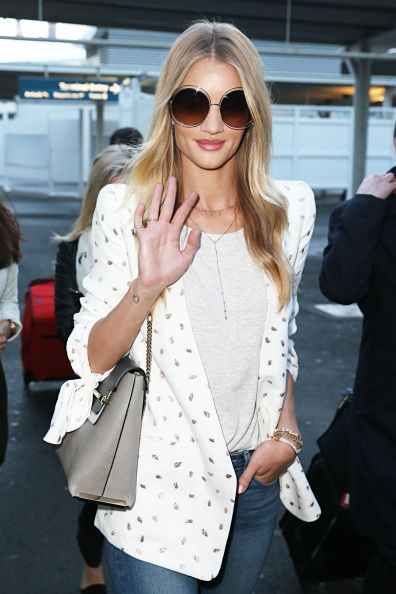 Rosie Huntington-Whiteley Sighting - August 24, 2014