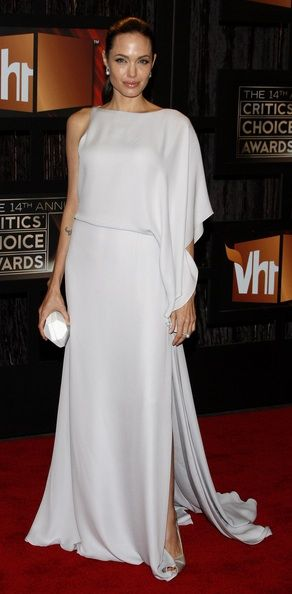 Angelina in max Azria at the 2009 Critic's Choice Awards