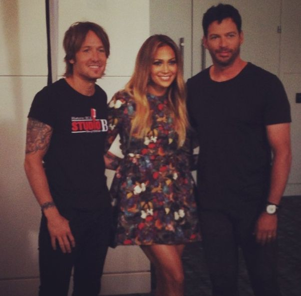 jennifer-lopez-in-valentino-butterfly-print-dress-at-american-idol-auditions
