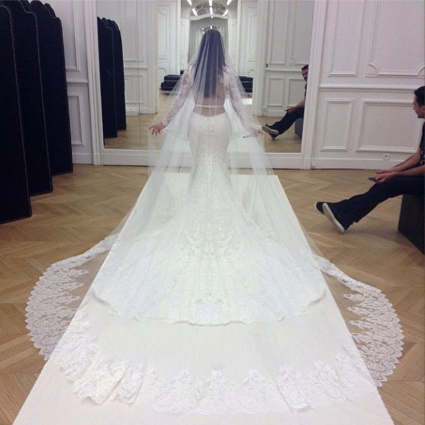 kim-kardashian-wedding-gown