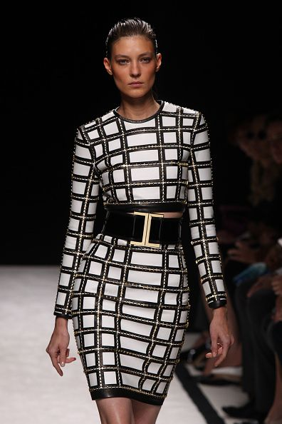 Balmain : Runway - Paris Fashion Week Womenswear Spring/Summer 2015