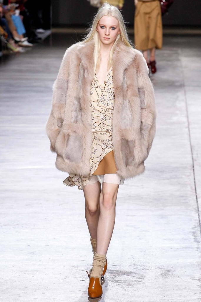 TopShop Unique Fall/Winter 2014-15 Fashion Show