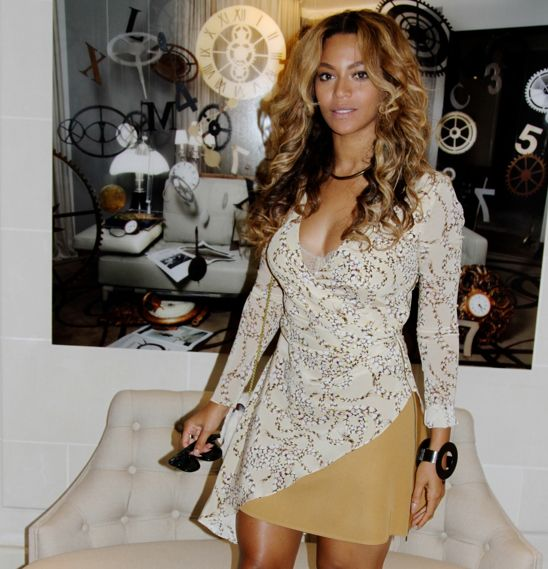 beyonce-topshop-unique-dress