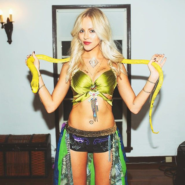 Shea Marie of PeaceLoveShea as Bristney Spears
