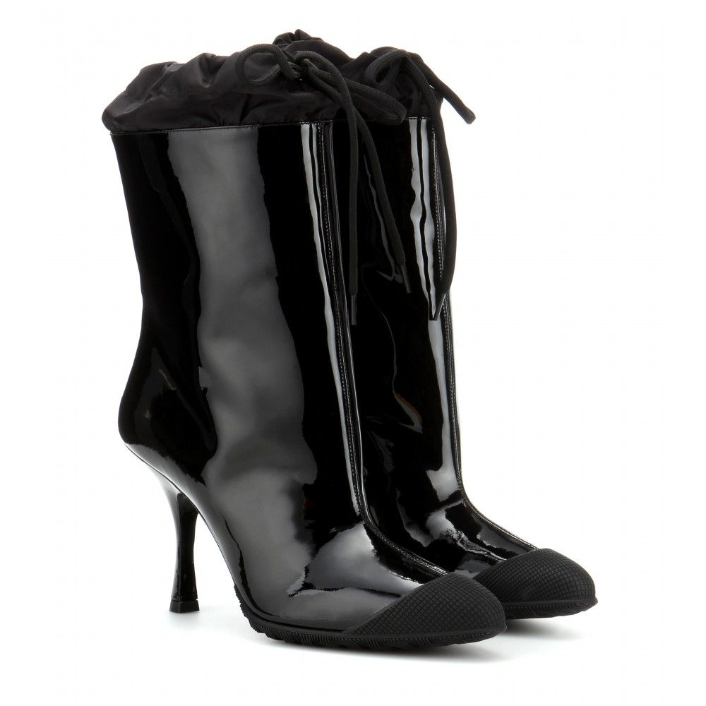 P00107564-Patent-leather-boots-STANDARD