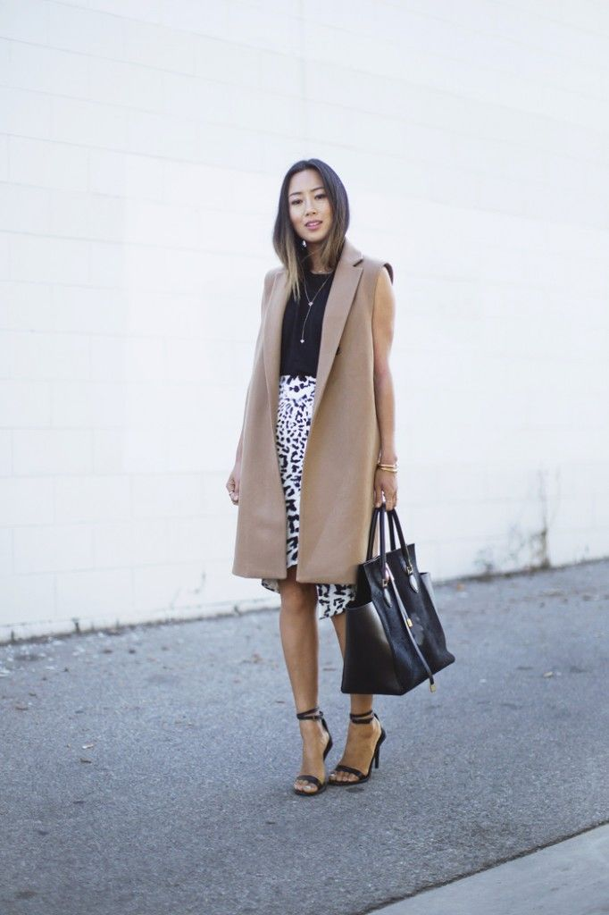 aimee_song_sleeveless_camel_coat_leopard_skirt_4