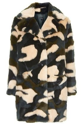 topshop-Faux-Fur-Tufty-Boyfriend-Coat