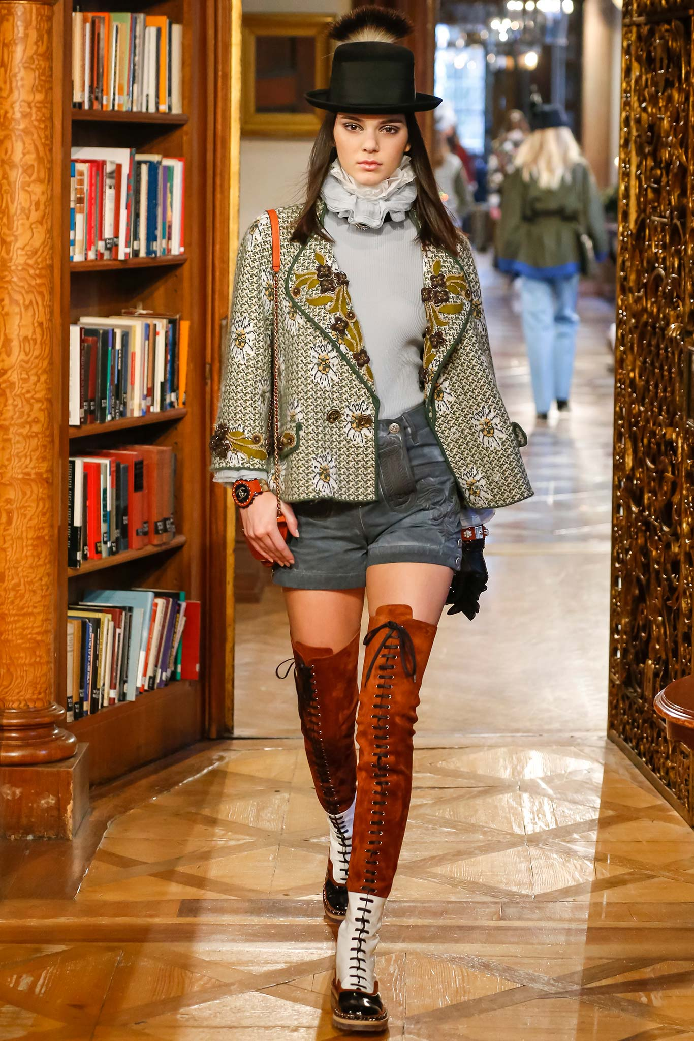 Chanel Fashion Show Fall 2015 Kendall Jenner