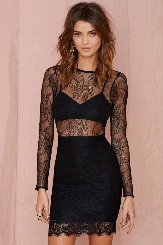 lovers-and-friends-catwalk-lace-dress