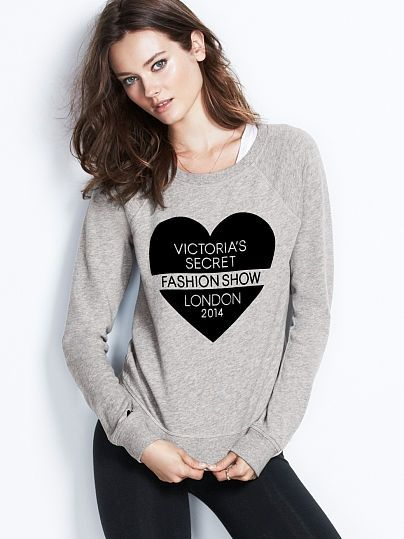 victorias-secret-fashion-show-london-2014-pullover