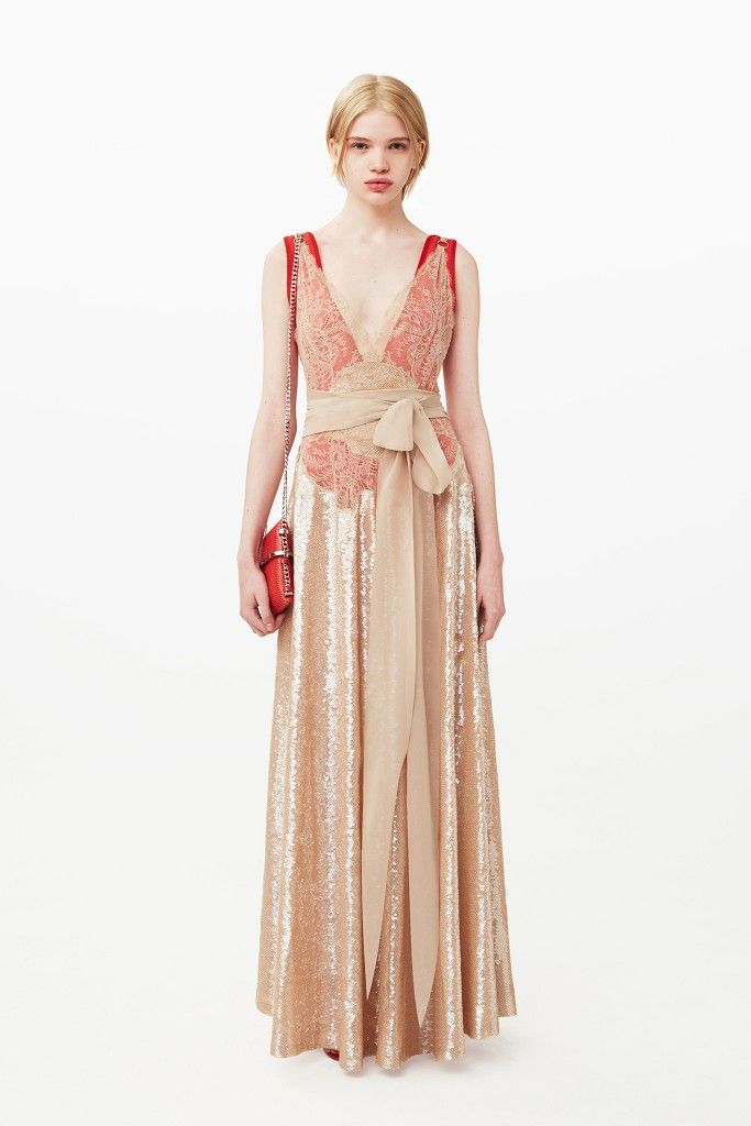 Givenchy-pre-fall-2015-collection-gown