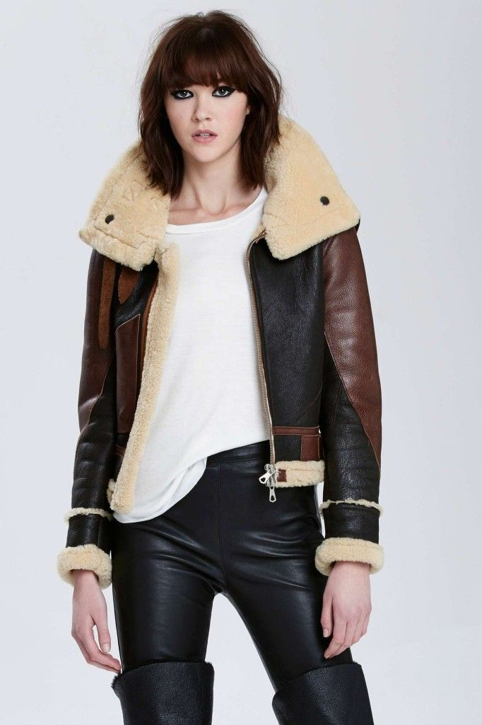 balenciaga-vintage-aviator-shearling-leather-jacket-nasty-gal