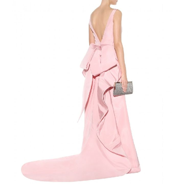 oscar-de-la-renta-floor-length-pale-pink-silk-gown-with-bow