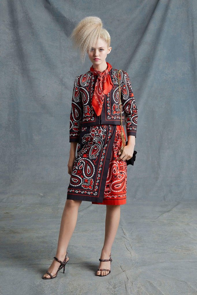 Moschino-resort-2015-bandana-print-look-1