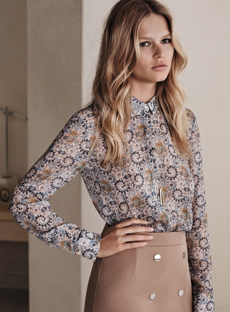 Fashion style Ewers anna for mango spring campaign for woman