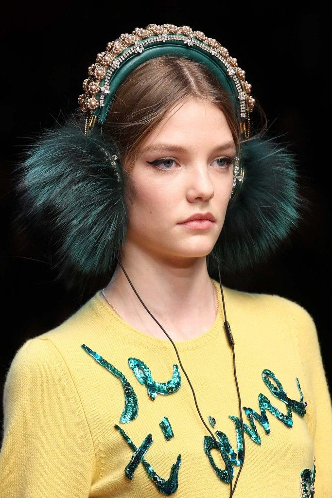 dolce-gabbana-green-emerald-embroidered-nappa-leather-with-fox-fur-trim-headphones