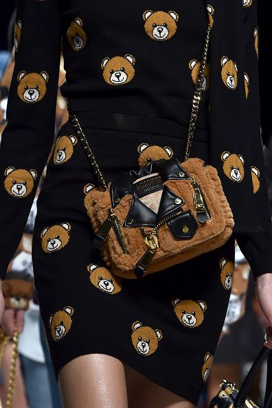 moschino-fw15-bear-capsule-collection-runway