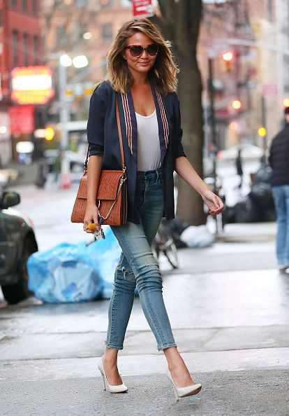 Chrissy teigen has a pretty cool street style laiamagazine Fashion celebrity street style