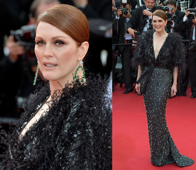 Julianne Moore in Armani Privé