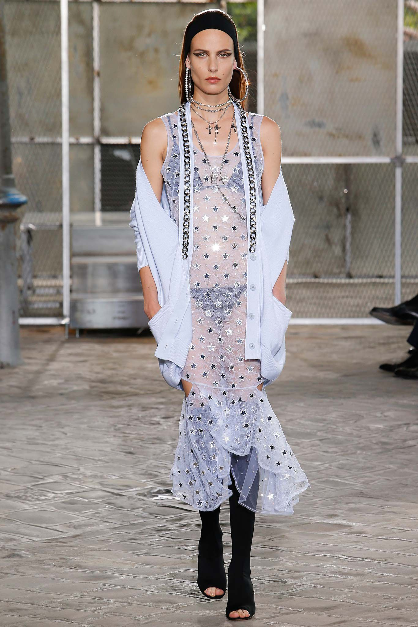 The most beautiful haute couture dresses out of givenchy for Haute couture 2016