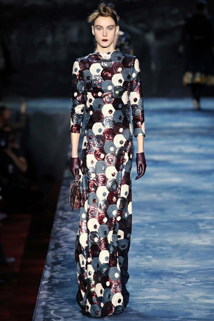 Nicole is wearing Marc Jacobs Fall Winter 2015