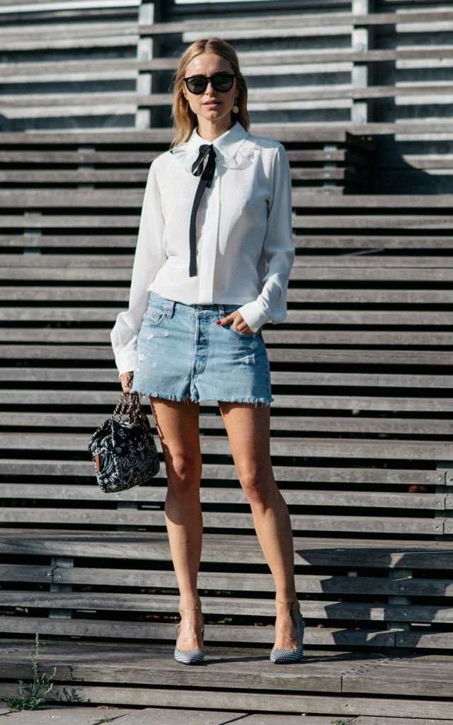 Pernille Teisbaek from Look de Pernille upgrading her cutoff denim skirt with the same Chloé blouse