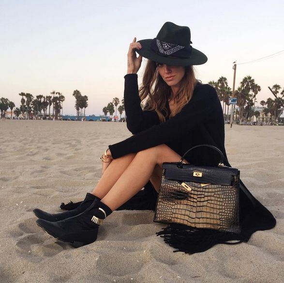 theperfext-black-fringe-cardigan-worn-by-chiara-ferragni