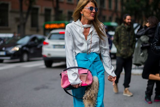 anna-dello-russo-carrying-a-loewe-pink-suede-puzzle-bag-out-in-paris