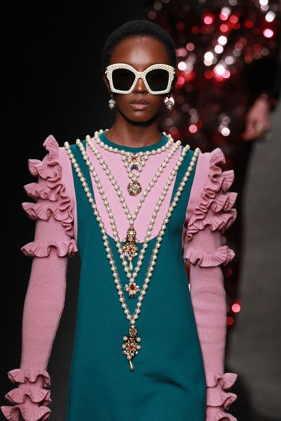 Alessandro Michele mastered (again) the over-accessorizing!