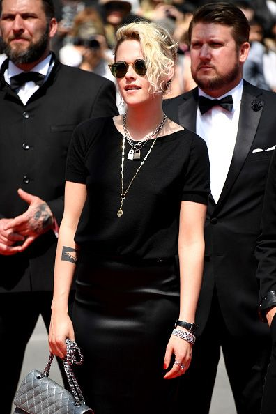 * Kristen's sunglasses are Oliver Peoples X The Row