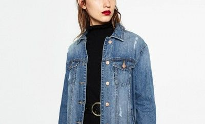 how-to-style-oversized-denim-jacket-going-out-late-summer