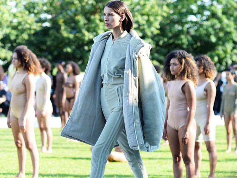 So this is how Yeezy Season 4 fashion show went down…