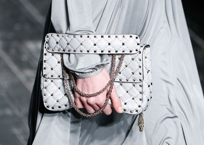 Pierpaolo Piccioli's first solo it bag chez Valentino
