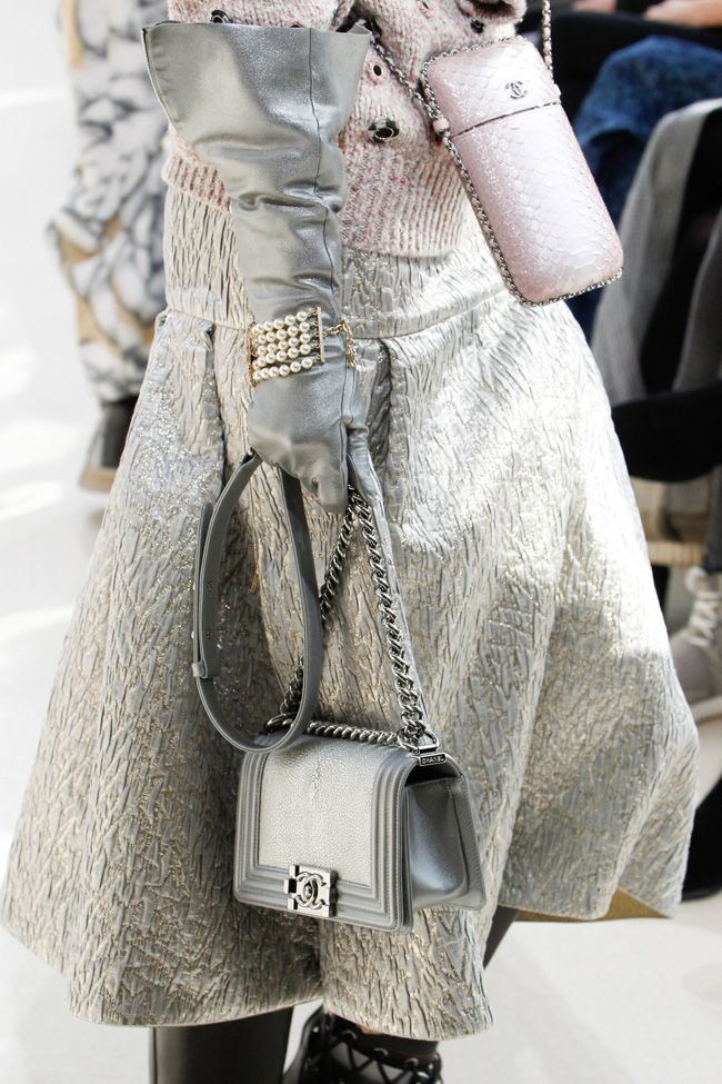 chanel-boy-bag-silver-metallic-leather-fall-2016-runway-show-detail