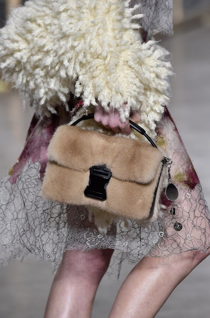 christopher-kane-fall-2016-fur-bag