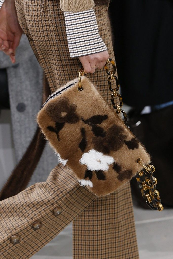 michael-kors-fall-2016-fur-bag-runway