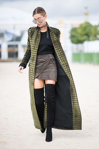 hailey-baldwin-over-the-knee-boots-chic-outfit-for-fall