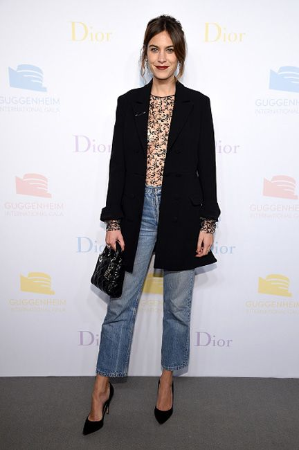 alexa-chung-jeans-outfit-guggenheim-international-pre-party-dior
