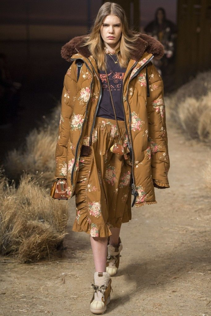 coach-fall-2017-coordinate-outfit-runway-show