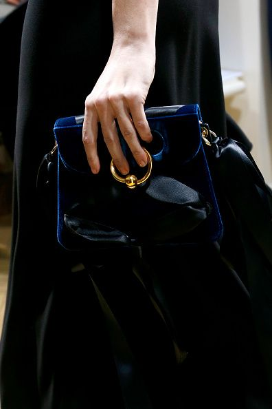 jw-anderson-pierce-bag-velvet-ribbons-new-season