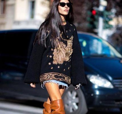 Of course style-girls are freaking out over Saint Laurent's Niki boots