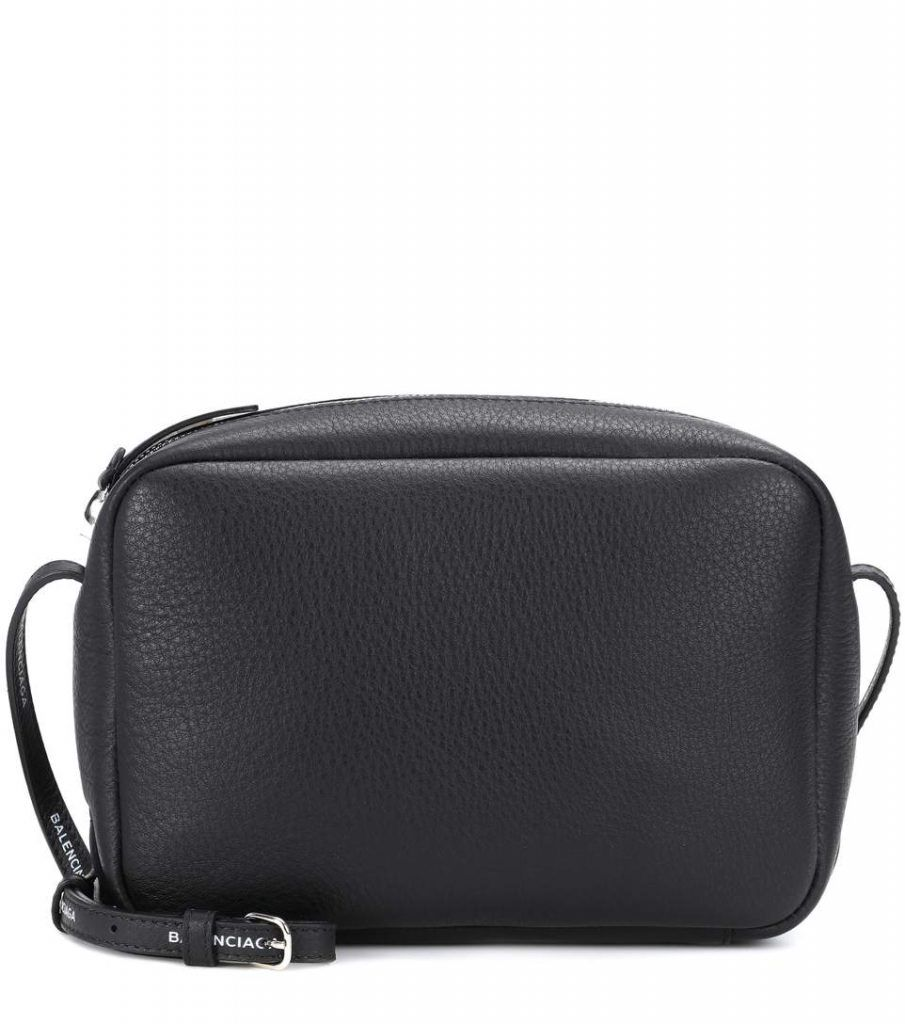 shop-balenciaga-everyday-crossbody-bag