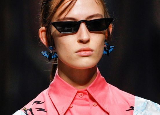 CAUTION: you'll fell in love with these Prada cat-eye sunglasses (like every other cool girl)